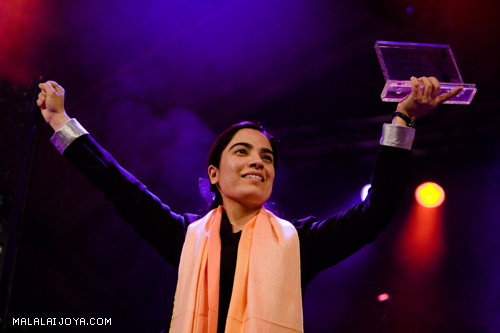 Joya receiving International Anti-discrimination Award 2009